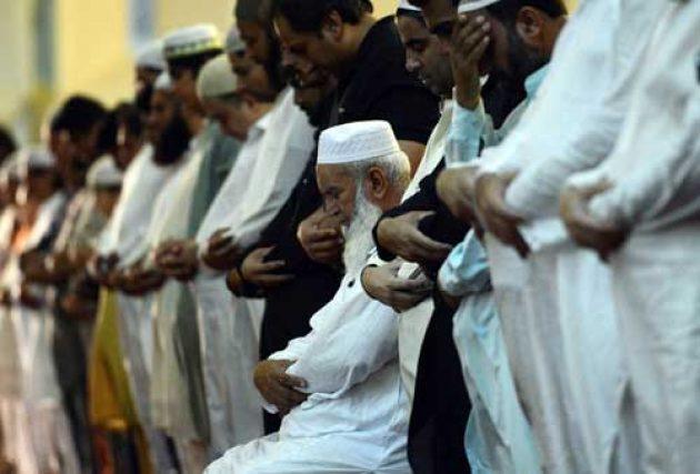 Hukum Sholat Berjama'ah